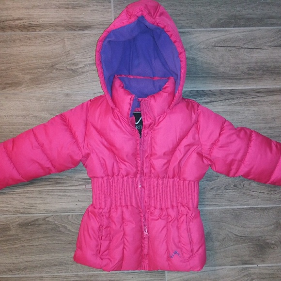 vertical9 Other - Puffer Jacket size 2 Y